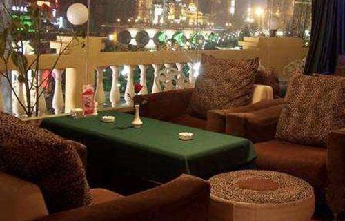 餐厅沙发翻新02